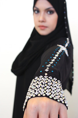 Halaa Abayas Trim Jilbab Apparel Sensation 2014 (5)