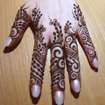 New Bridal Mehandi Fashions Specially For Women (5)