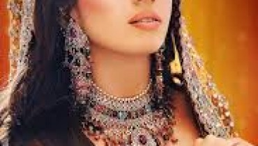 Smokey Eye Makeup For Pakistani Bridal 1
