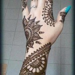 Beautiful Hand Henna Mehndi Design For Eid-Ul-Azha (8)