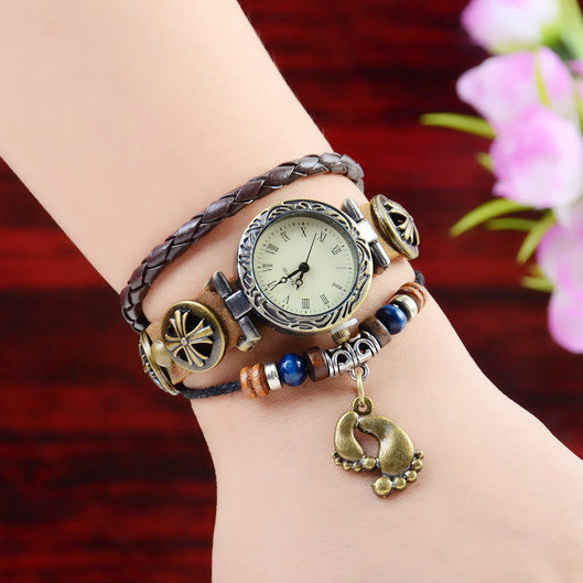 Best Attractive Girls Nice Wrist Watches Assortment 2014 (1)