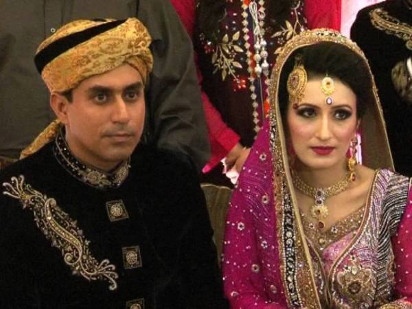 Pakistani cricketer Nasir Jamshed Wedding Pics Photoshoot Image (2)