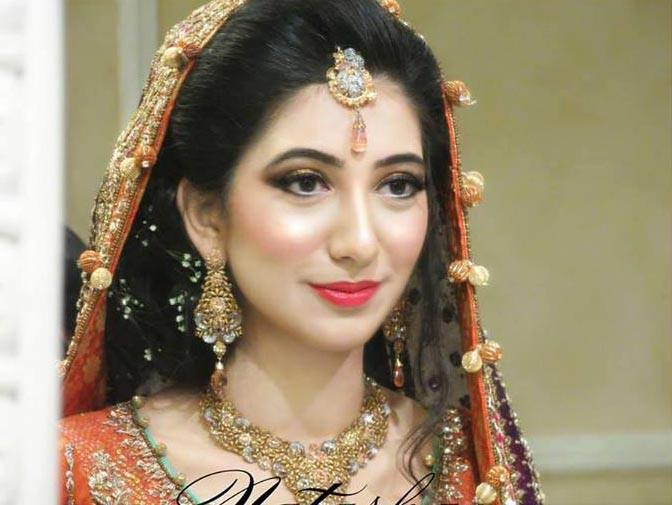 Recent Pakistani Wedding Makeup Variety 2014 (2)