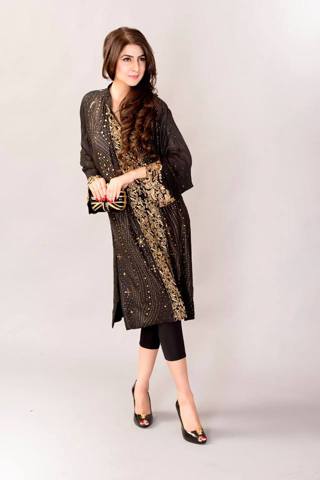 Ayesha Somaya Females Beautiful Professional Winter Collection (6)