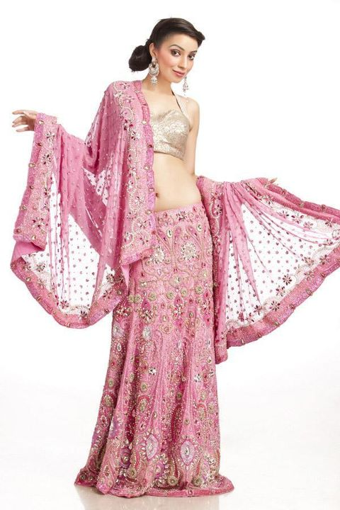 Engagement Lehenga Choli & Designer Sarees Choice For Brides (2)