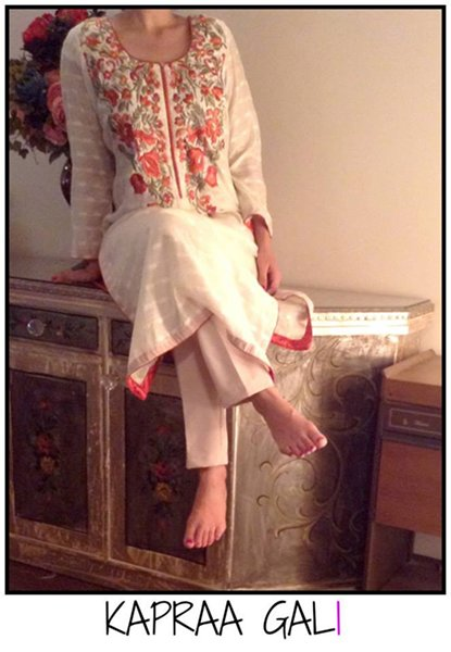 Kapraa Gali By Anum Jung Fall Gallery 2014 For Ladies (1)