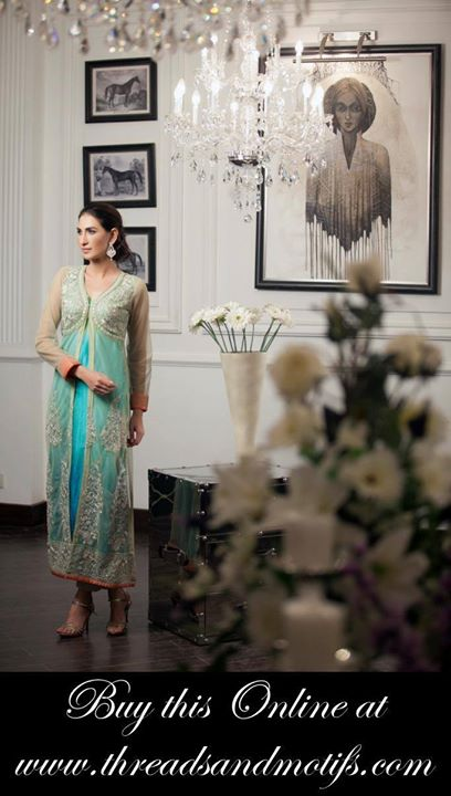 Threads and Motifs Stylish Winter Females Suits Ideas (5)