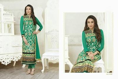 Karishama Kapoor - Stright Line suits 1