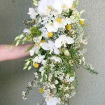 Stunning & Special Cascade Bouquets 2015 For Winter Season Marriages (9)
