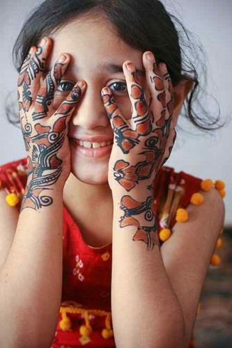 Cute Mehndi Design 2017 for Kids