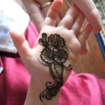 Mehndi design patterns For kids