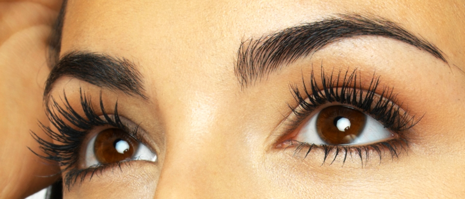 Make Stylish Eyelashes for Eid ul Fiter