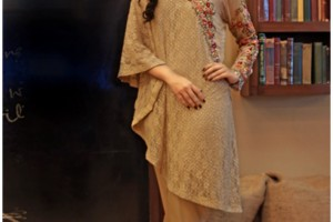 Gorgeous Nida Farooqui Latest Lawn Dresses Collection