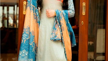Phulkari New Eid Day Dresses 2015 by Taana Baana (5)