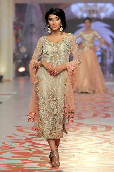 Asifa & Nabeel collection at Telenor Bridal Couture Week (1)