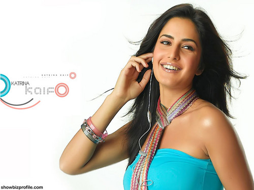 Katrina Kaif 2015 New Bollywood Actress  Dress  Designs  (7)