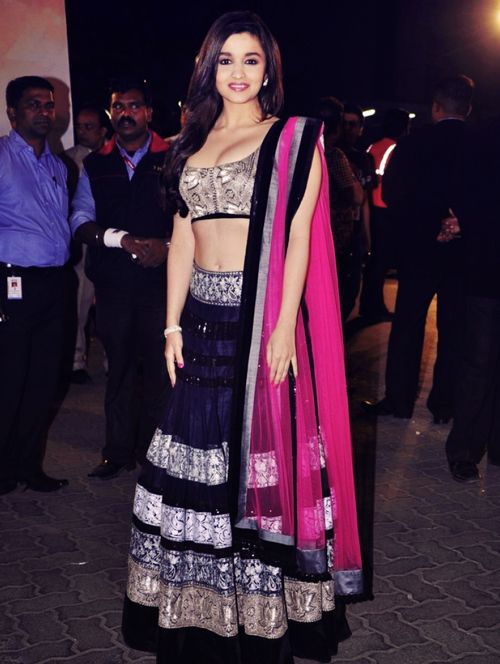 Bollywood Actress Splendid Lehenga Choli 2019 For Wedding (8)