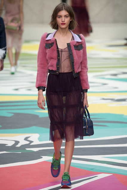 Burberry-Summer-wear-2015-For-Ladies-6
