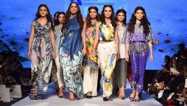 Ladies Digital dresses Fashion 2015 by Sania Maskatiya (3)