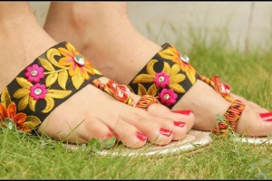 Triangles Eid ul Azha Shoes Design 2015 for Women (2)
