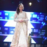 Fozia Hammad Bridal Dresses Fashion At Doha Iff 2015 (1)