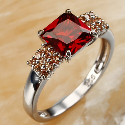 Superb Engagement Rings Design For Girls Newfashionelle