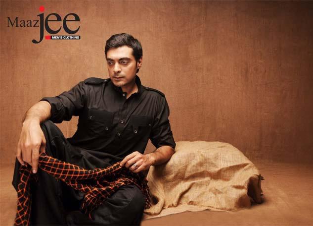 Man Wear Eid Kurta Neck Emroidery By Maaz Jee