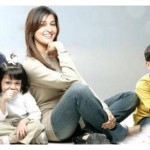 Shaista Lodhi with Kids Family