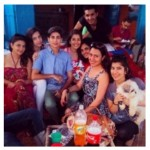 Syra Shehroz Unseen Family Showbiz Freinds Pictures (9)