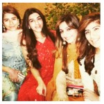 Syra Shehroz Unseen Family Showbiz Freinds Pictures (6)