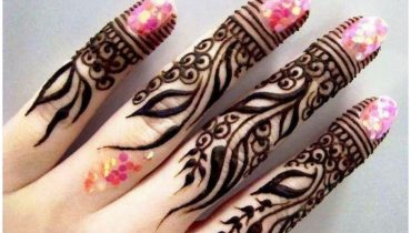 New year Finger Mehndi Designs