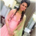 Indian TV actress divyanka tripathi engagement pictures gallery