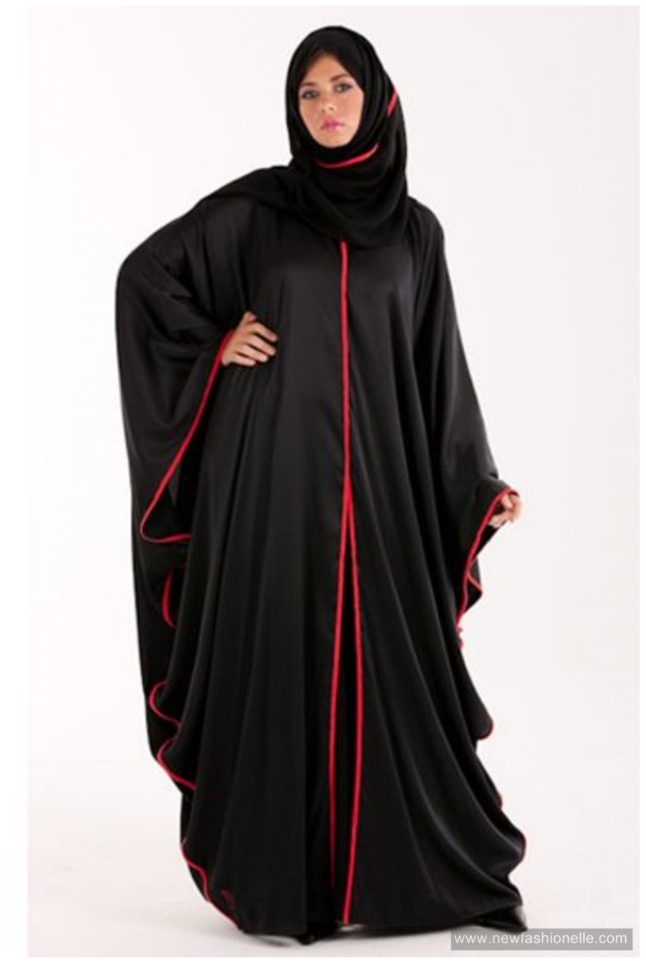La Reine Abaya Collection
