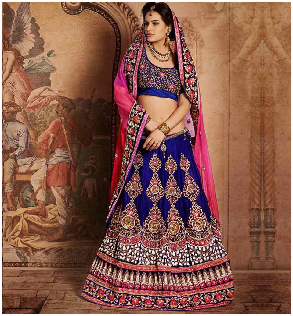 Stylish one wedding sarees Blouse