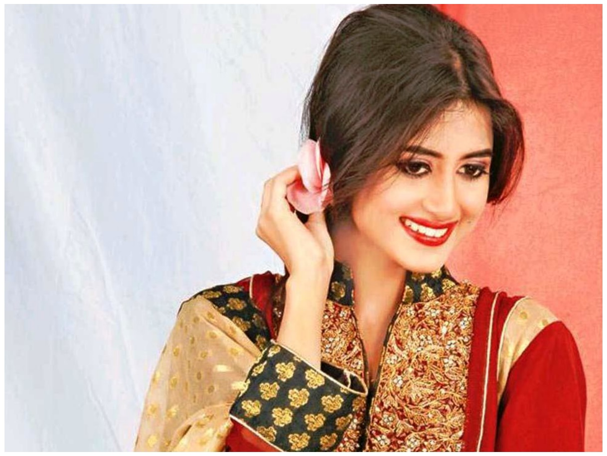 Sajal Ali Top Ten Pakistani Actress