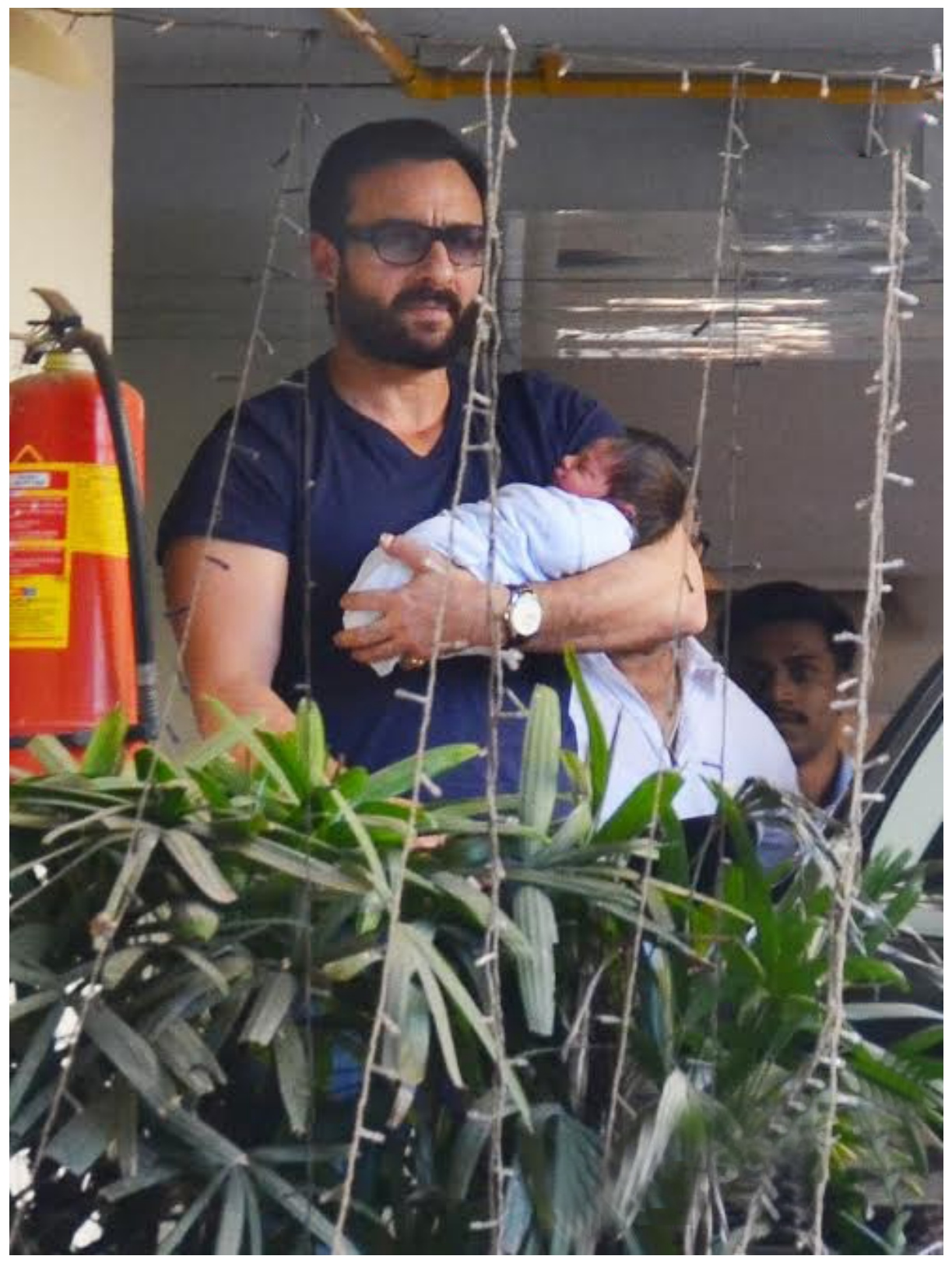 New born Saif Ali Khan has baby son Taimur Pictures