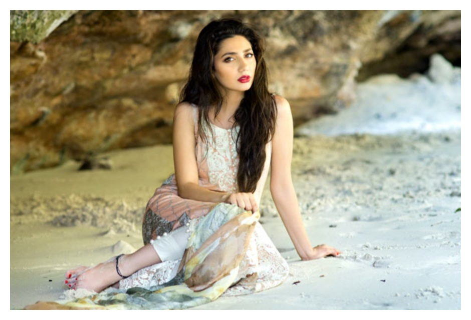 Mahira khan Hot Pics