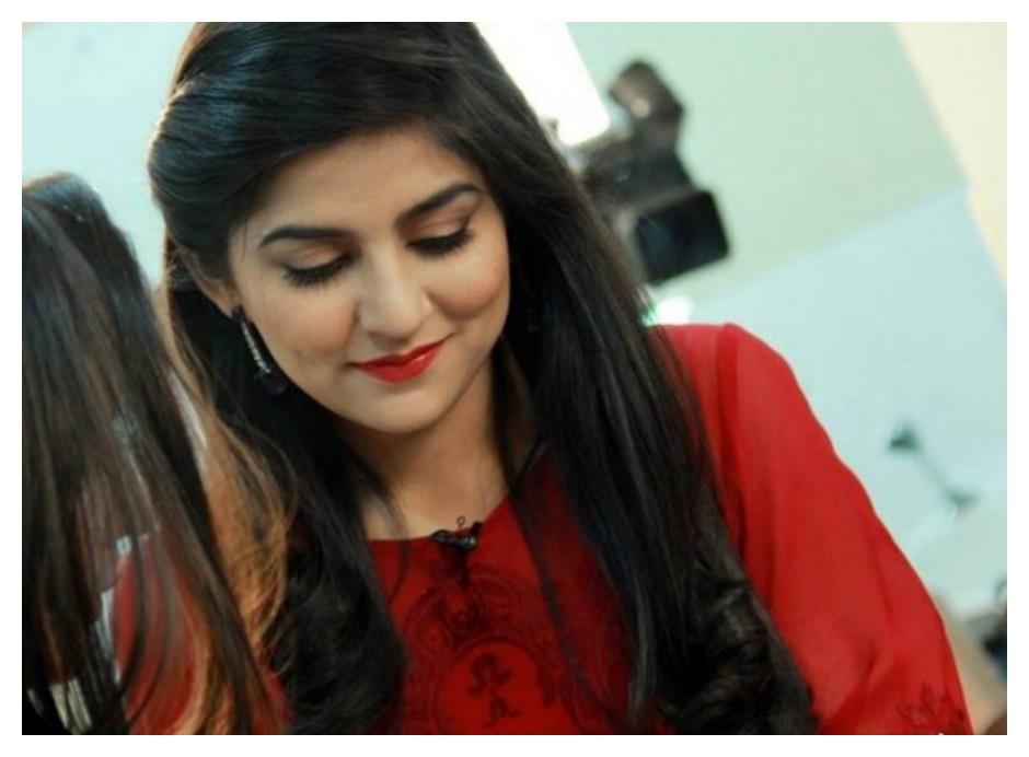 Sanam baloch smile photo