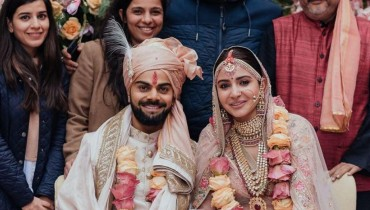 Anushka Sharma And Virat Kohli Are Making Us Believe In Love Again