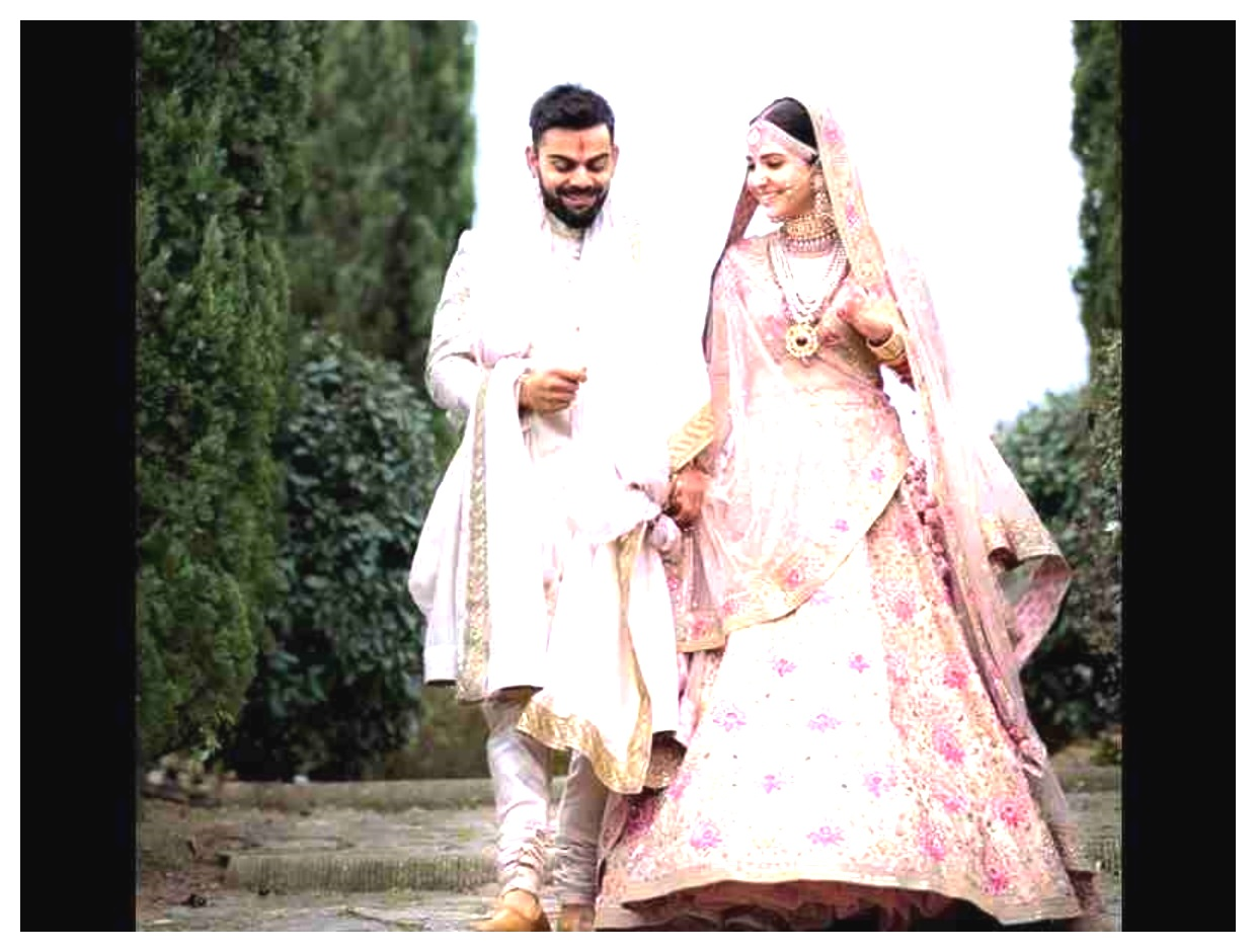 Anushka Sharma And Virat Kohli weddings iamges