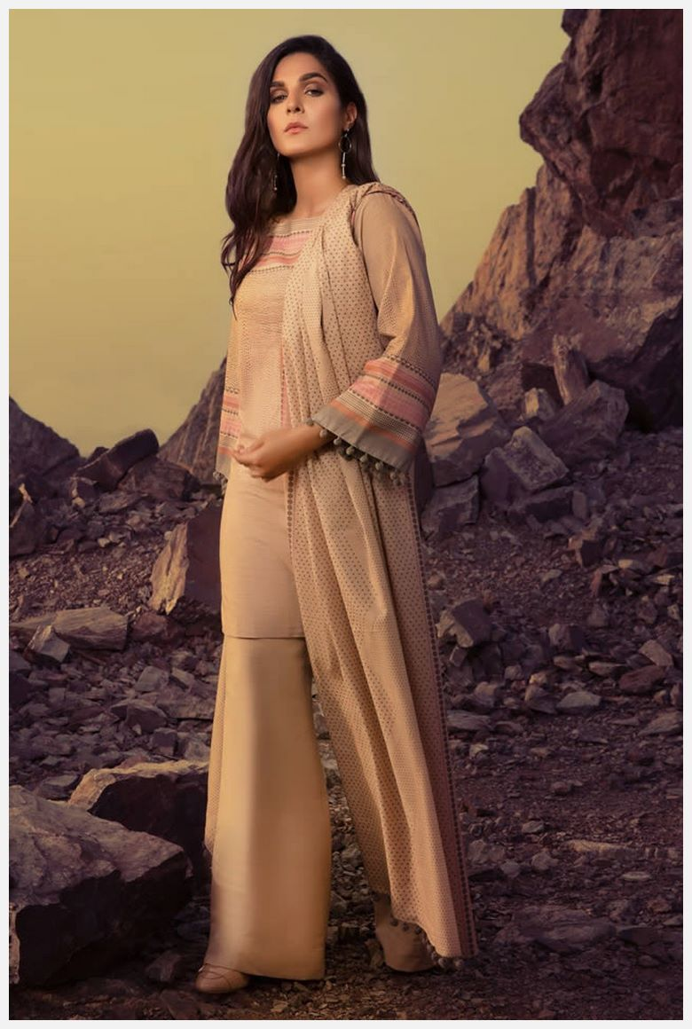 Stylish AlKaram winter Dresses 2021 for Routine wear